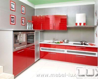 Угловые кухни