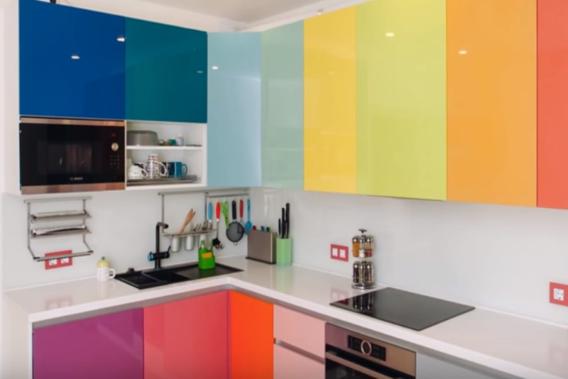 разноцветный фасады