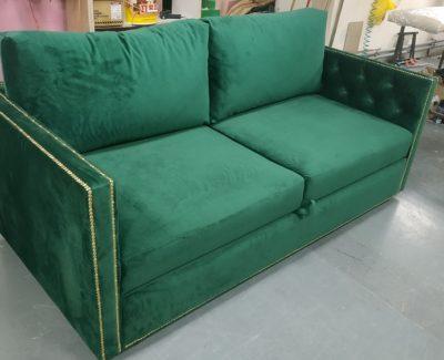 Диваны зеленого цвета
